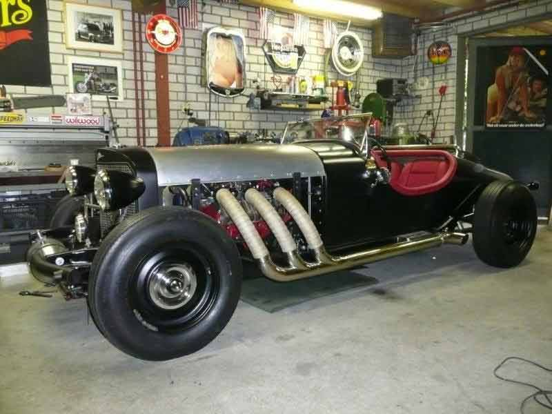 Hot Rods - Dare to be Different - Hot Rod Excalibur | The H.A.M.B.